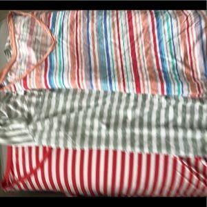 Set of three maternity casual tops